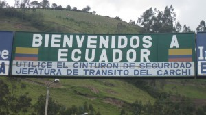 It says ¨Welcome to Ecuador¨